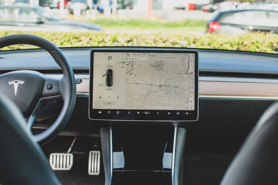 Fixing a Tesla Flickering Screen: A Simple Guide
