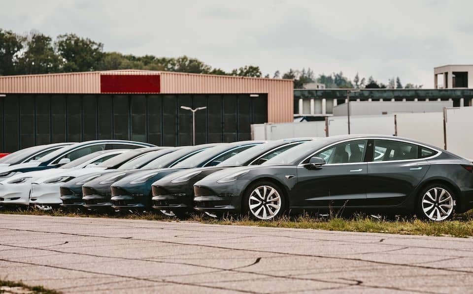 Tesla Dual Motor VS Single: Is the Difference Worth it?