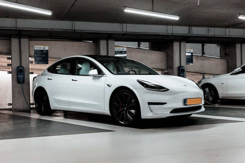 This is Why Your Tesla's Fan Keeps Running