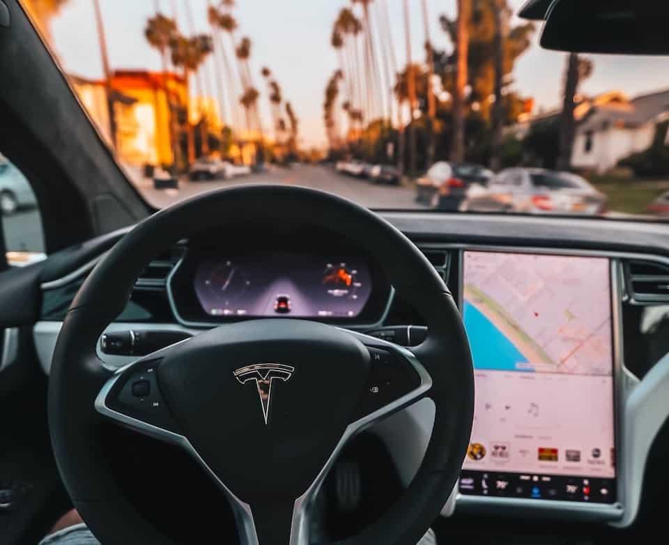 The Amazing Tesla Autopilot Explained (With Videos)
