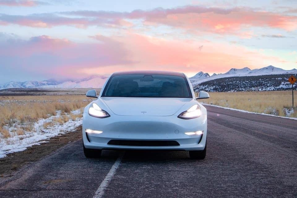 Why do Tesla Lights Flash?