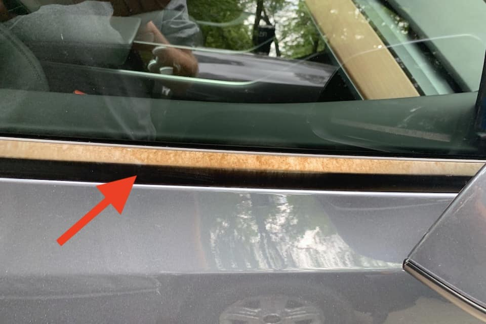 Will Tesla Fix The Discoloration on Window Trim?