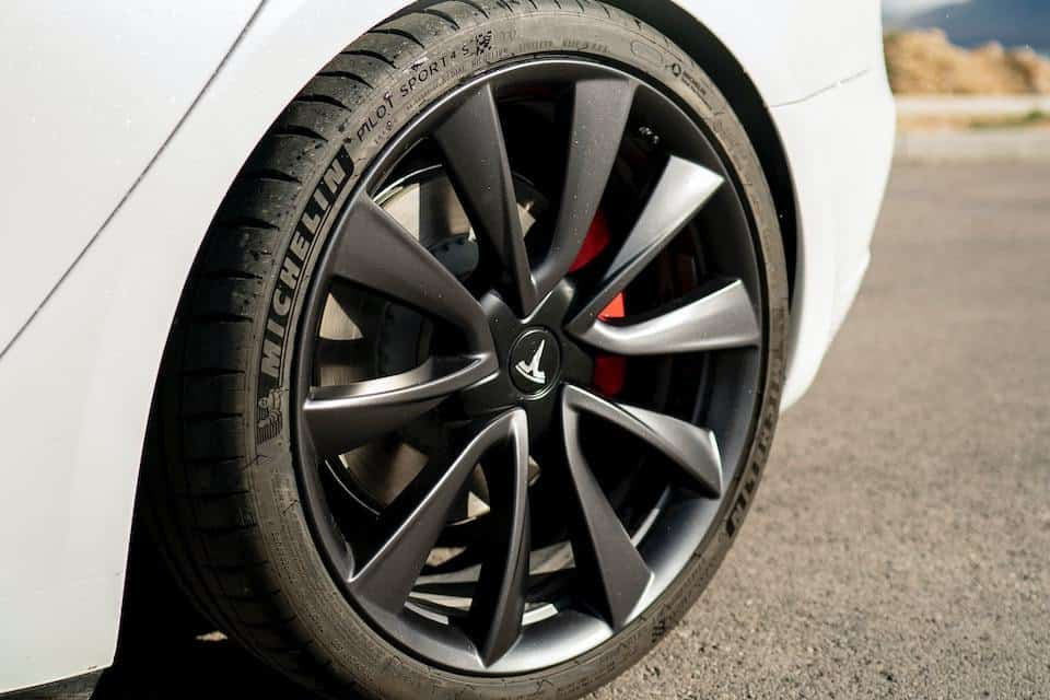 Why You Keep Getting Tire Pressure Alerts on Your Tesla and How to Fix It