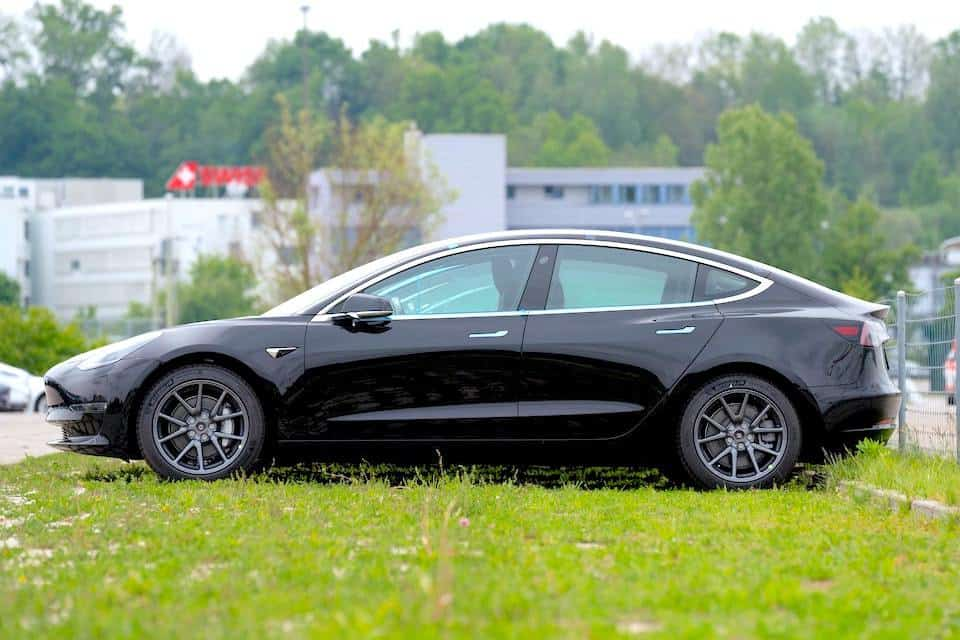 The Electric Car vs. The Almighty Tesla