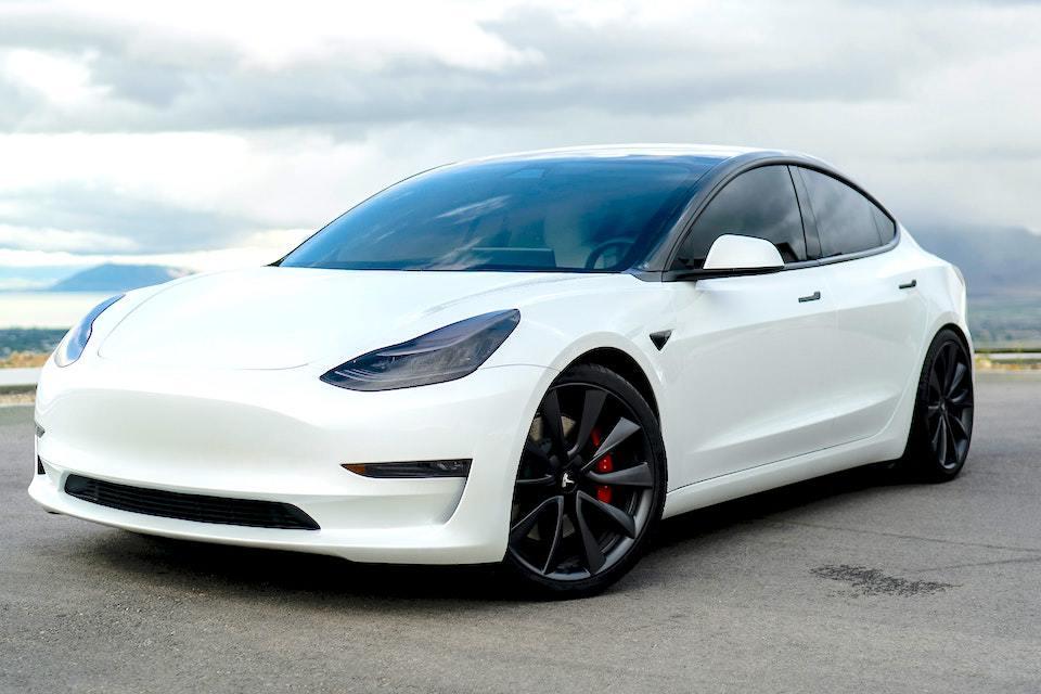 The Tesla Dual Motor Explained