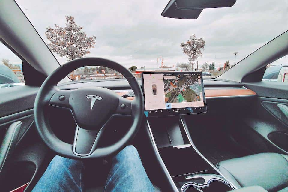 This Is Why the Autopilot in Your Tesla Is Glitchy