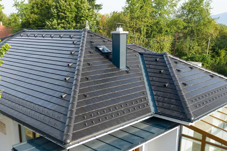 This Is When Tesla Roof Tiles Will Be Available in the UK