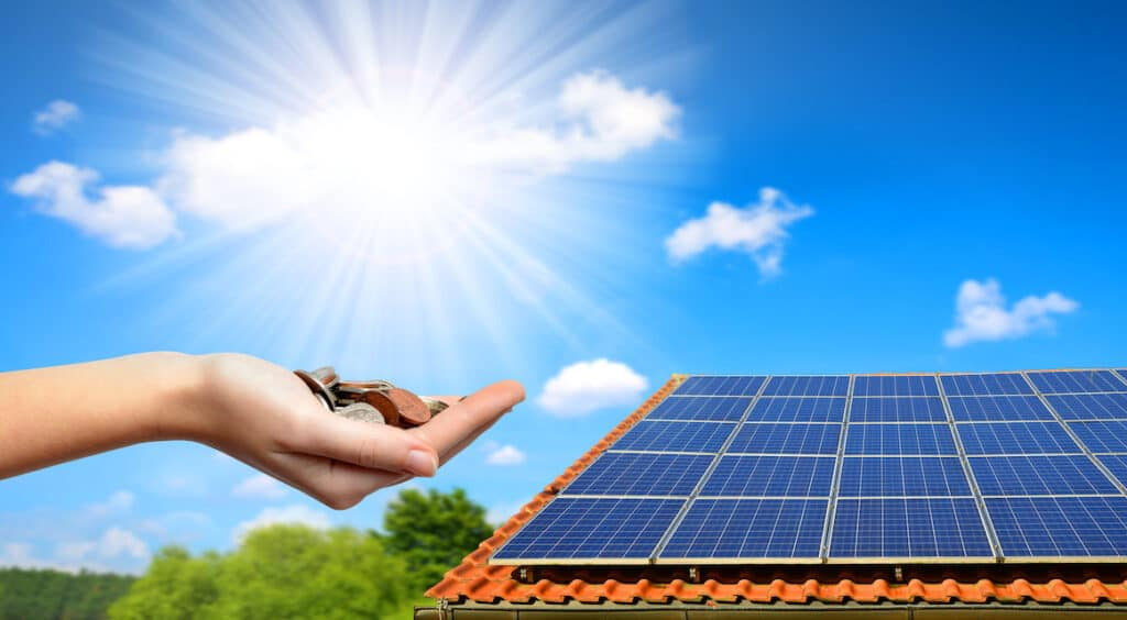 This Is Why Solar Power Is Not Widely Used (Yet)