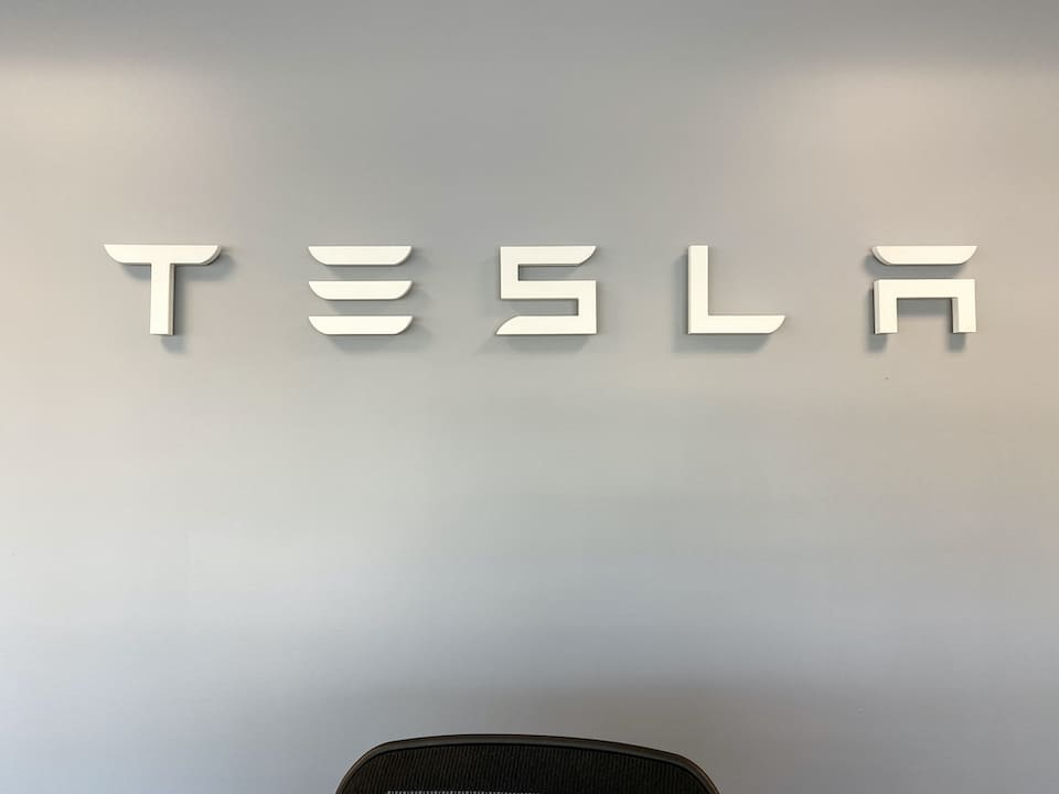 Using A Tesla Powerwall for Business