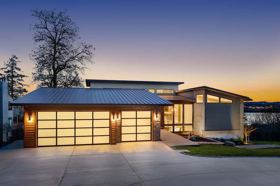 Tesla-Solar-Roof-Vs-Metal-Roo