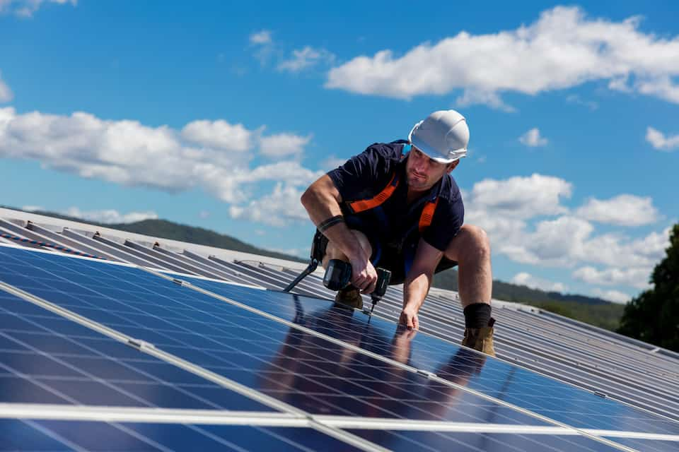 Average Tesla Roof Installer Salary