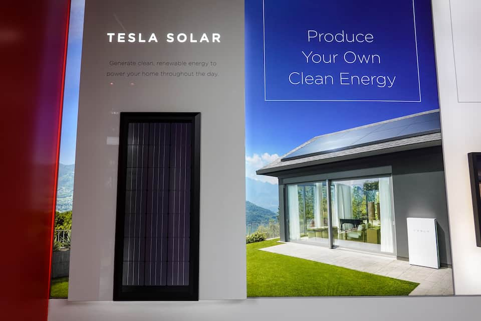 Tesla Solar Vs Others - Read This First