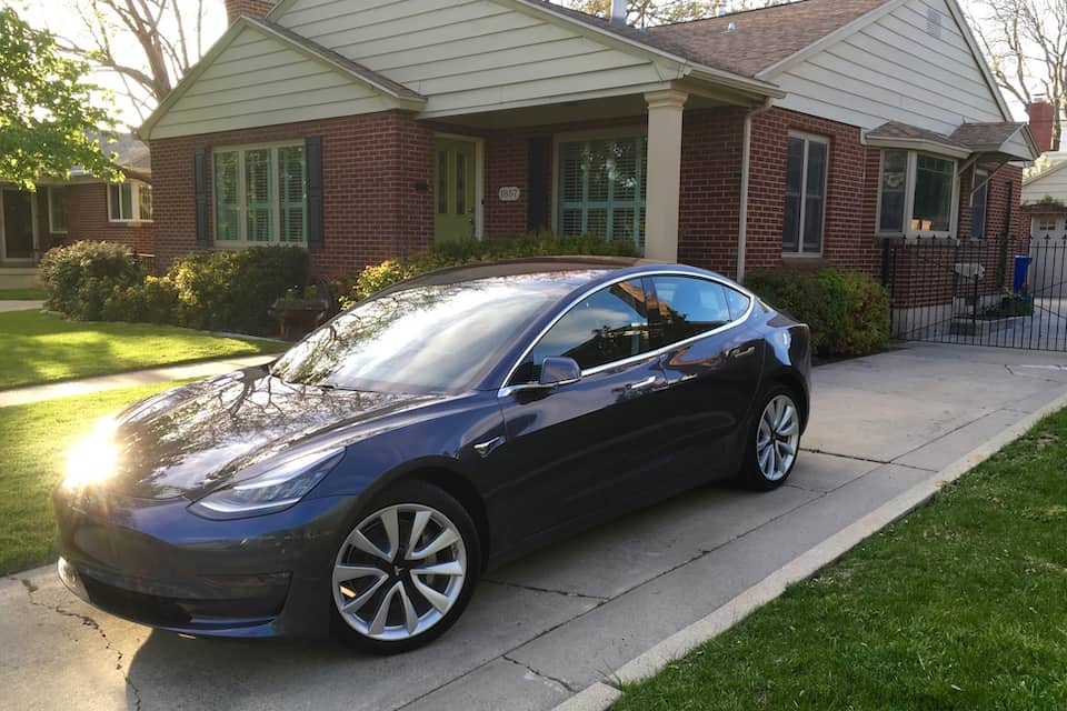 This Is How Much Having a Tesla Really Runs up the Electricity Bill