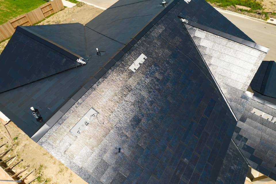 This Is How Tesla Solar Roof Works