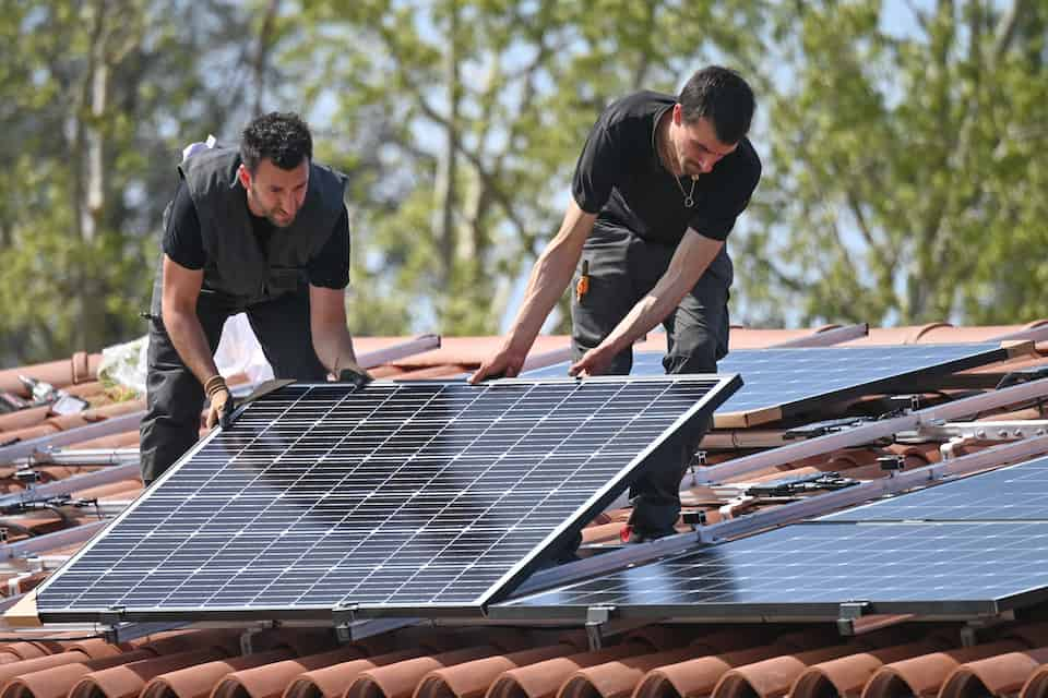 A Guide to Tesla Solar Installation Times