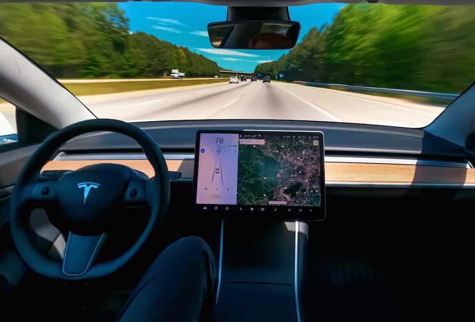 Tesla Autopilot vs. Human – When Will Autopilot REALLY Drive?