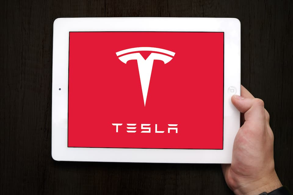 Tesla Powerwall Fire - Here's Why It Happened