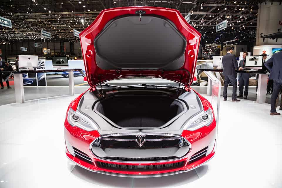 Where Is the Tesla Model S Spare Tire? Wait, What?