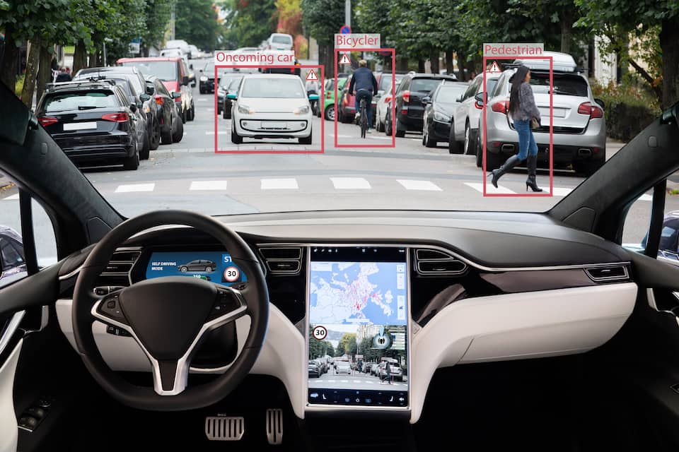 Everything You Want to Know About Tesla Autopilot And Red Lights