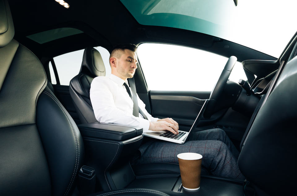 Self-driving,Electric,Car,Autopilot,Demanding,Driver,Attention,To,Hold,Steering