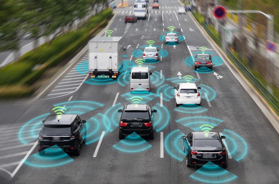 Tesla Autopilot vs. Waymo: Which is Best?