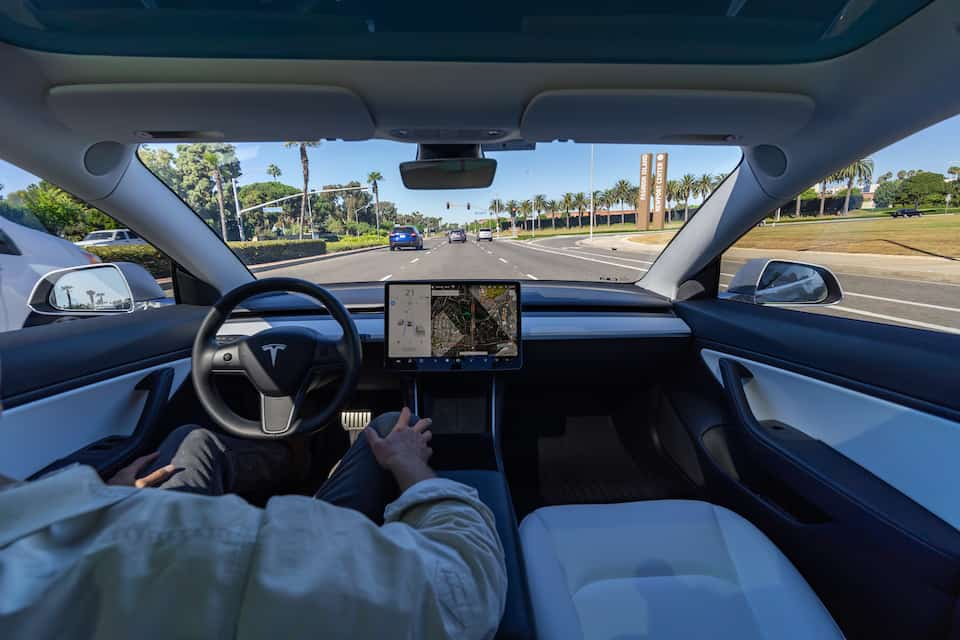 These Years of Tesla Might Have Autopilot