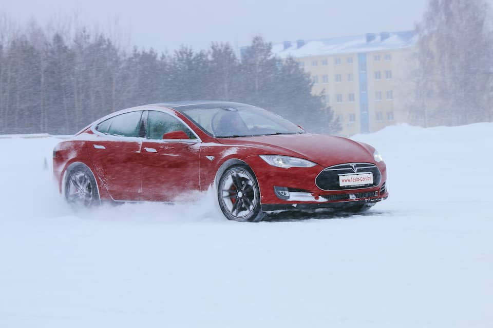What You Need to Know About the Tesla Model S in Snow