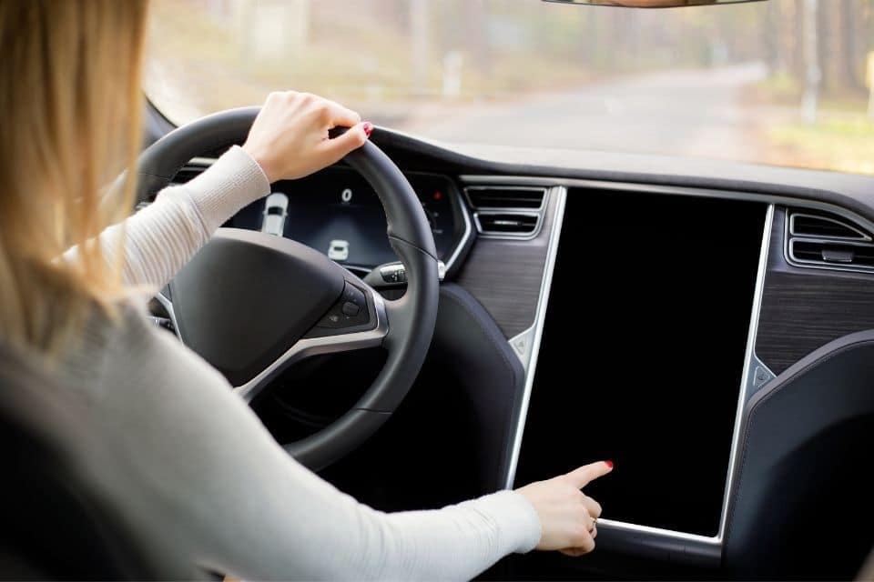 When Tesla Model S Screen is Black Try This First